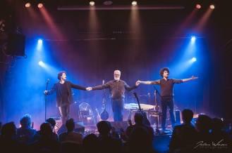 McDonnell Trio salue by Julien Wieser